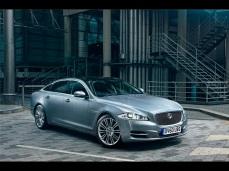 2012-Jaguar-XJ